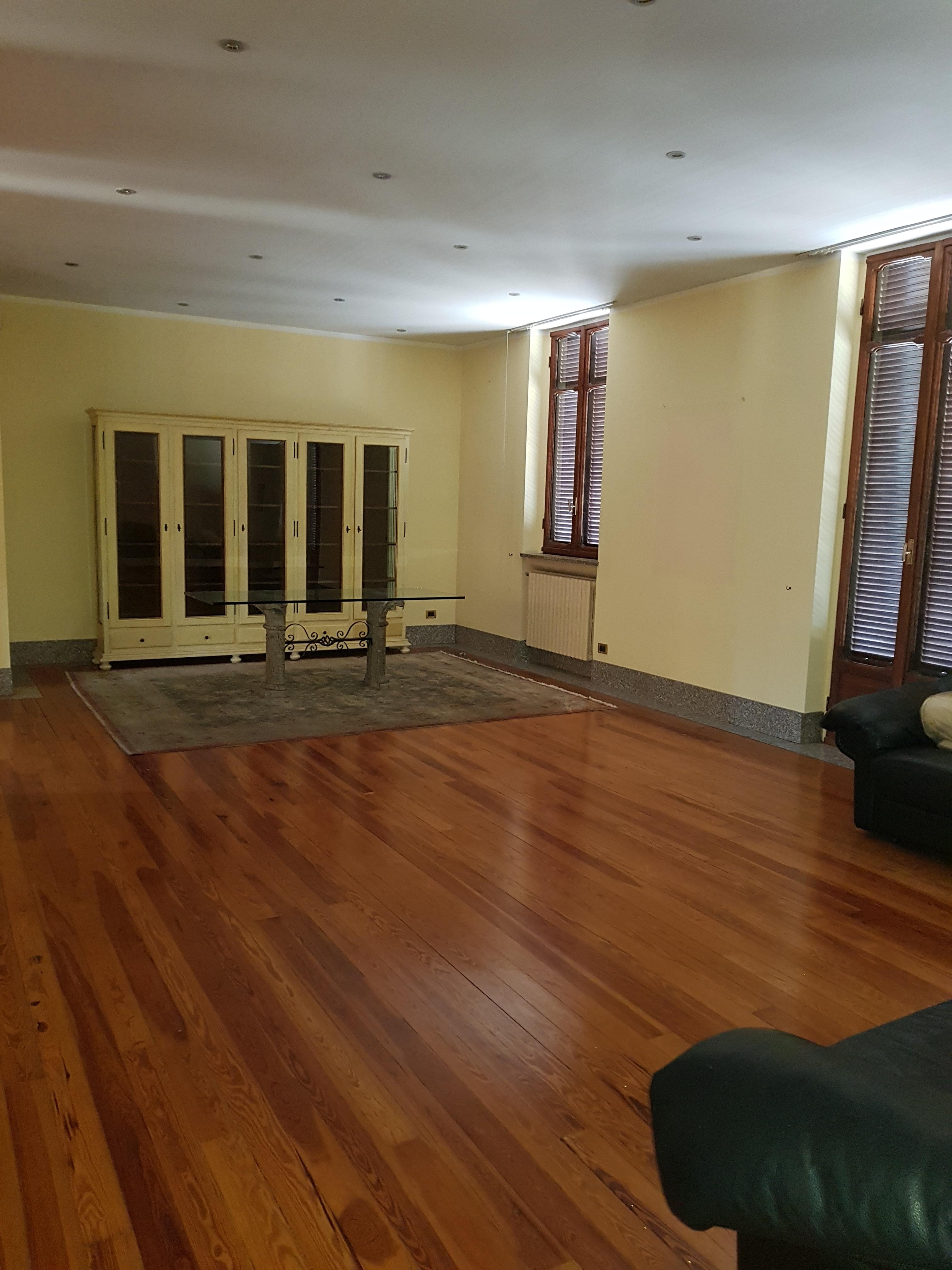 Splendido e particolare appartamento con veranda