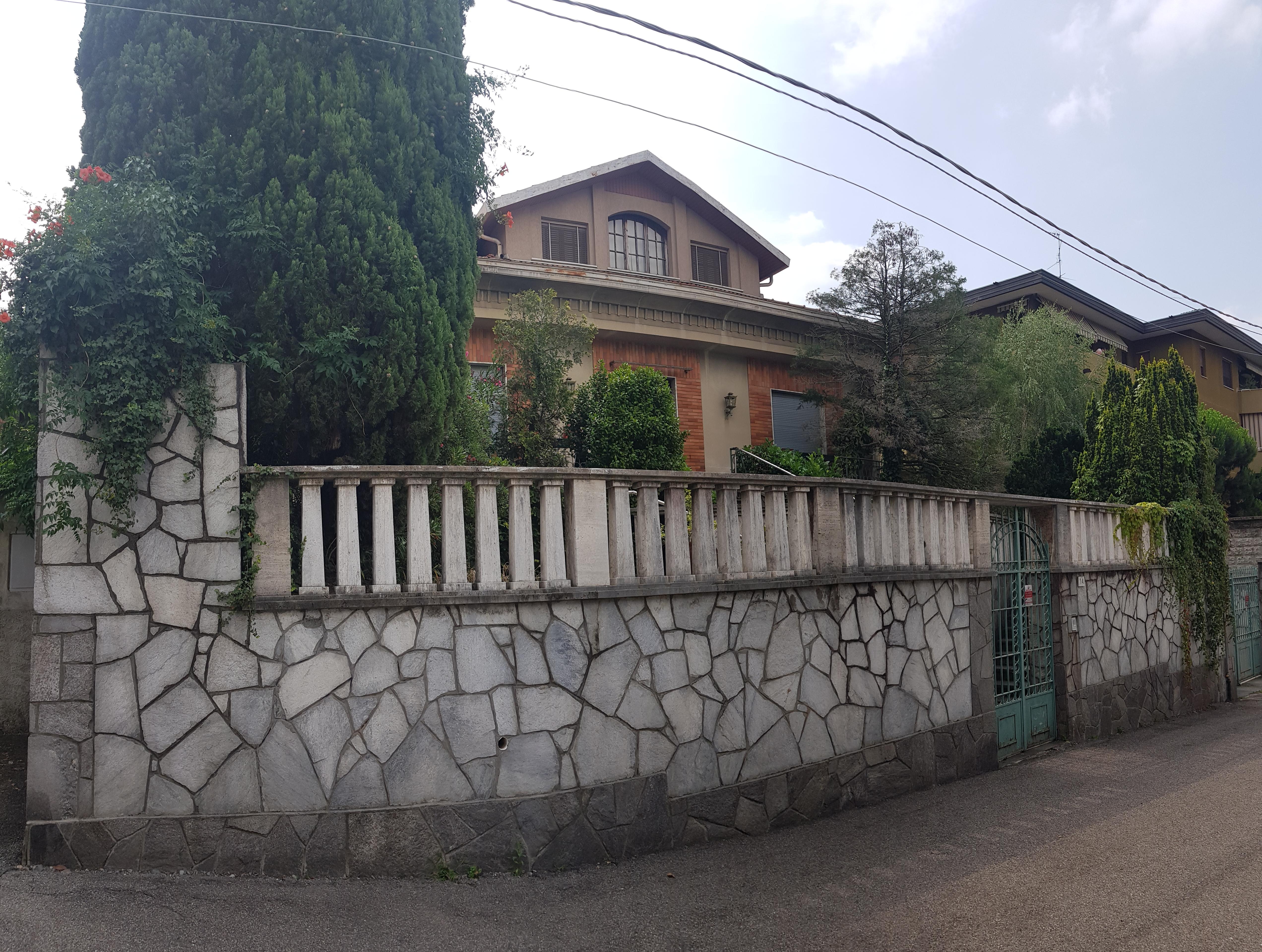 Prestigiosa Villa Singola con terreno